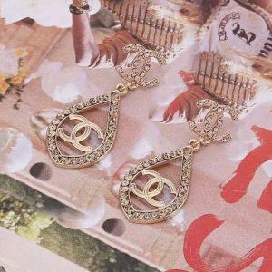 CC earrings champagne