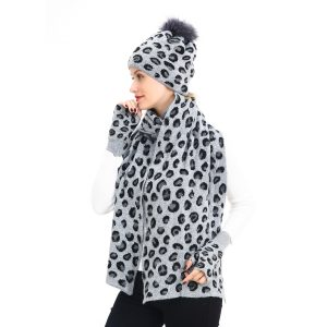 Leopard print hat, scarf and gloves set grey