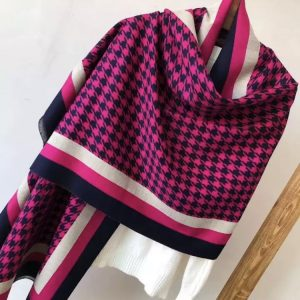 Houndstooth pink scarf