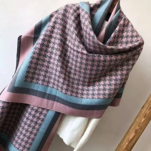Houndstooth baby pink scarf