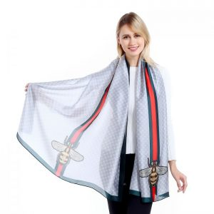 Bee scarf silver